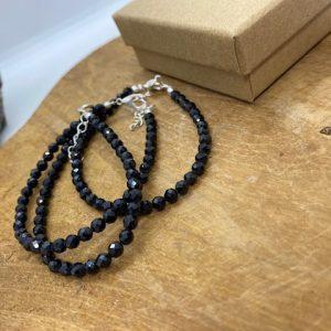 Bracelet spinelle noire facetté